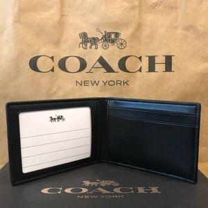 Coach Bags - NWT Authentic Coach Wallet & Key Chain Gift Set